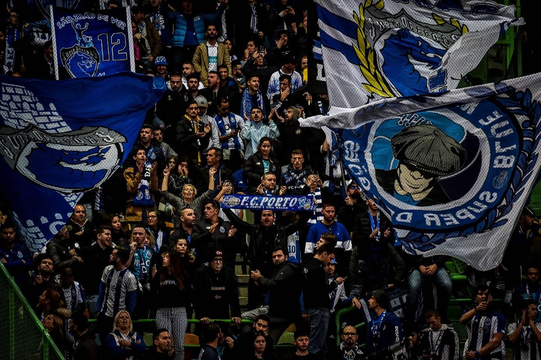 Des supporters du FC Porto lors d'un match en janvier 2020.