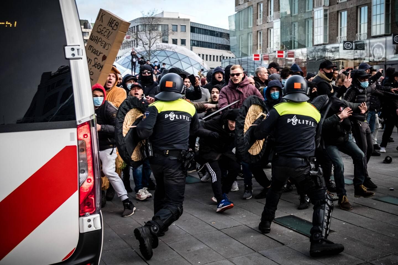Les manifestations ont été réprimées dans la violence aux Pays-Bas.