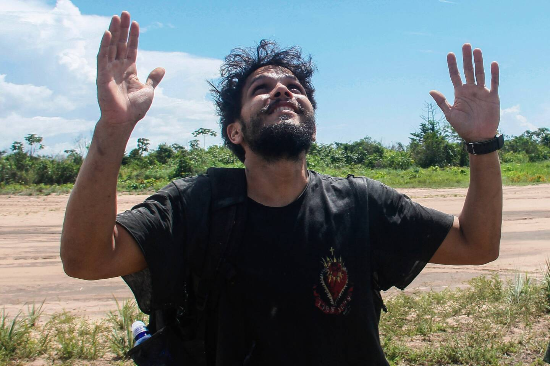 """Antonio Sena survolait les gigantesques étendues vert émeraude de l'Amazonie brésilienne à bord de son Cessna 210, quand le seul moteur s'est arrêté """"subitement""""."""