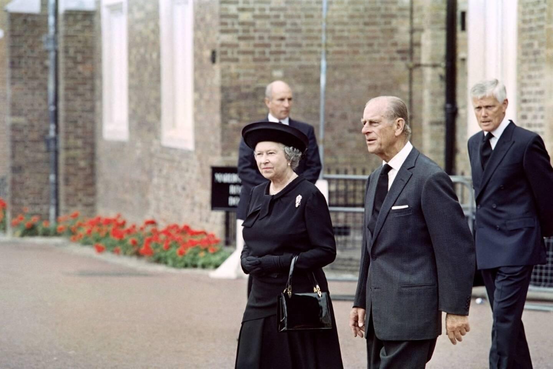 Le prince Philip et son épouse, la reine Elizabeth II, en 1997.