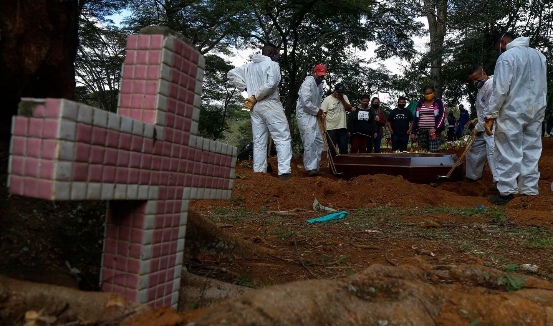 La Covid-19 continue à faire énormément de victimes au Brésil.