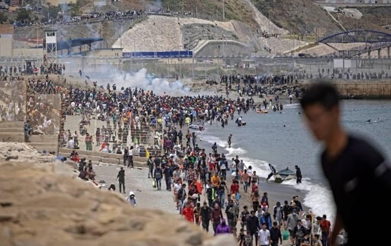 Près de 8.000 migrants sont arrivés dans l'enclave de Ceuta, depuis le début de la semaine.