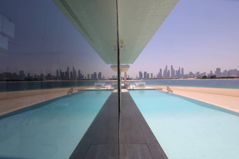 Après six ans de déclin, le marché immobilier de Dubaï reprend du poil de la bête à la faveur d'une ruée de riches étrangers vers cet émirat du Golfe devenu une échappatoire aux confinements et autres restrictions sanitaires, revitalisant ainsi une économie convalescente.