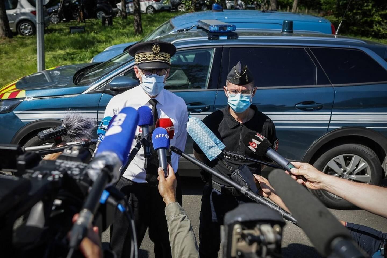 La gendarmerie a diffusé la photo du suspect, après 36 heures d'une traque infructueuse.
