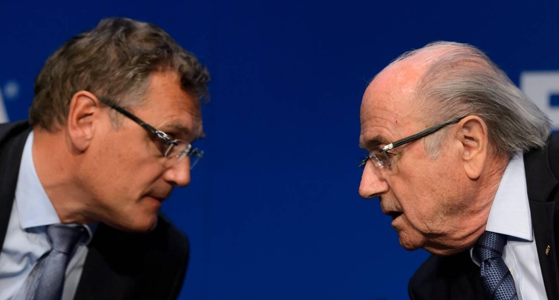 Sepp Blatter (à gauche) et Jérôme Valcke (à droite).