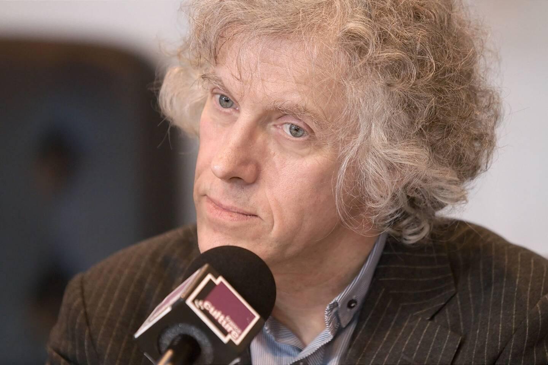Pascal Ory en 2010 au Salon du Livre à Paris.