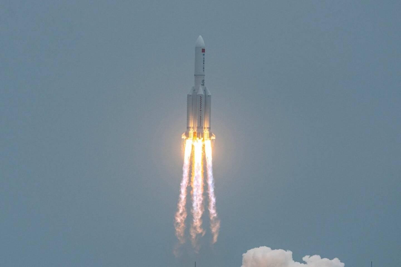 e lanceur lourd chinois Longue Marche 5B pourrait s'écraser sur Terre après la mise en orbite du premier étage de la station spatiale chinoise