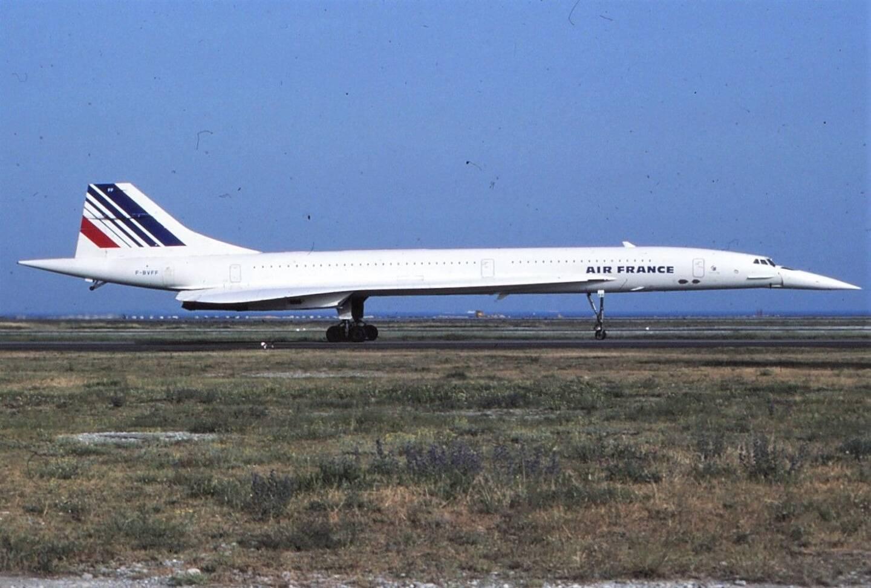 D'ordinaire, entre Festival de Cannes et Grand prix de Monaco, l'activité de la deuxième plateforme aéroportuaire de France est à son comble.Dans les années 1980, c'était l'effervescence avec les Concorde sur le tarmac azuréen.