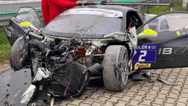 Victoire à Monza le premier jour, accident le second...