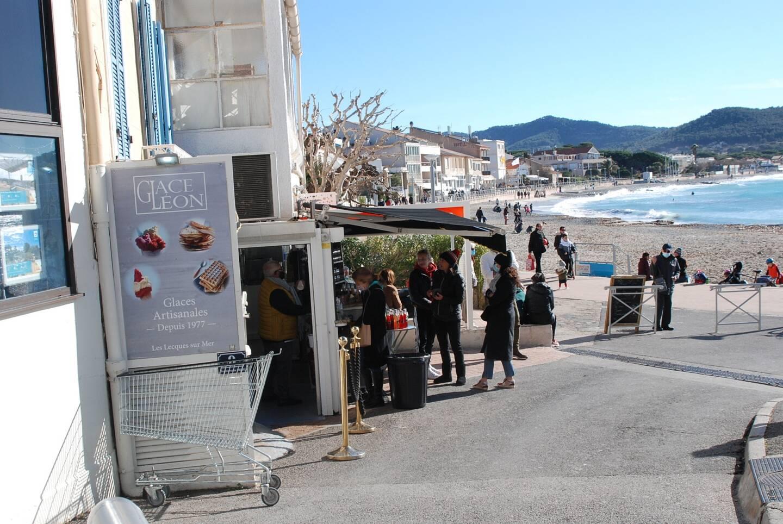 Dimanche avait un avant-goût de printemps à Saint-Cyr.
