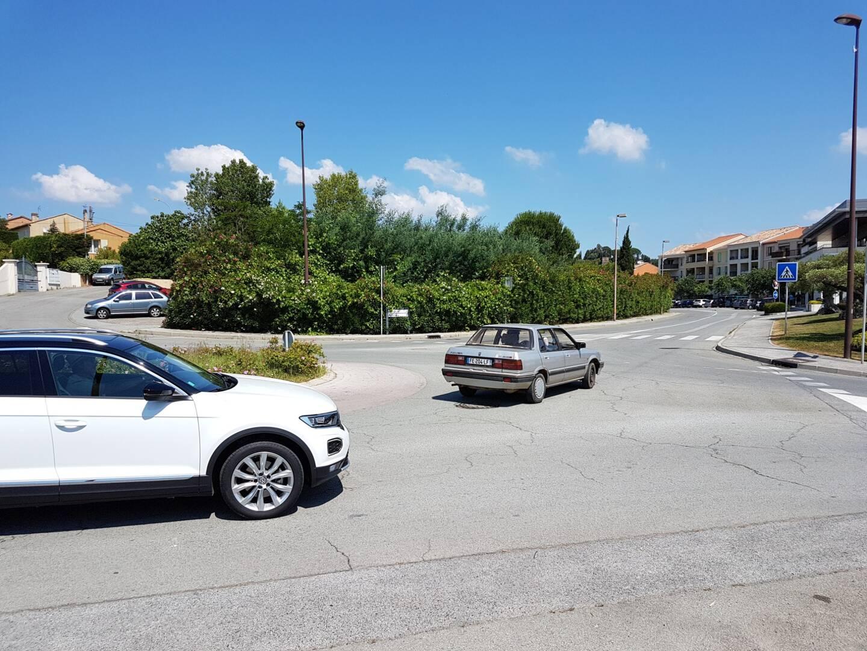 L'accident s'est produit à Cogolin, sur le croisement entre la rue Marceau et la voie qui rejoint La Mole.