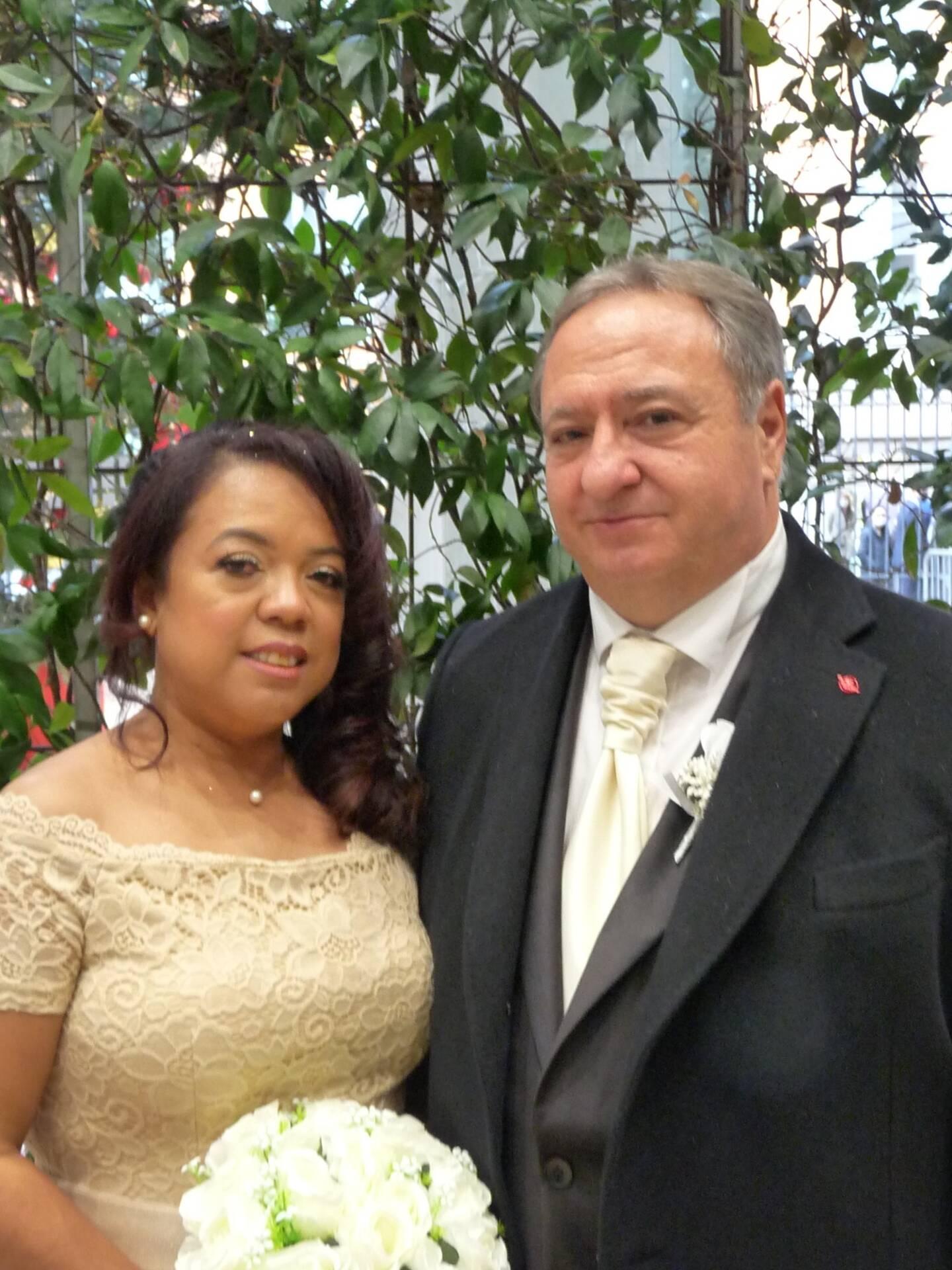 Olivia Ratsimba, auxiliaire de vie, et François Sofia, chauffeur de taxis.