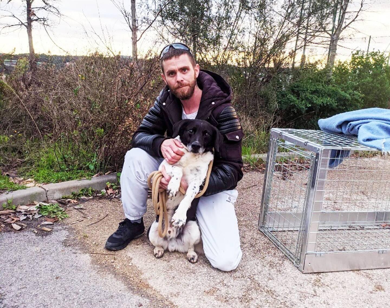 Flynn a été repéré près de la résidence étudiante installée à côté de l'école d'ostéopathie Atman, à Valbonne et c'est Mat Staf qui a réussi à l'attraper.