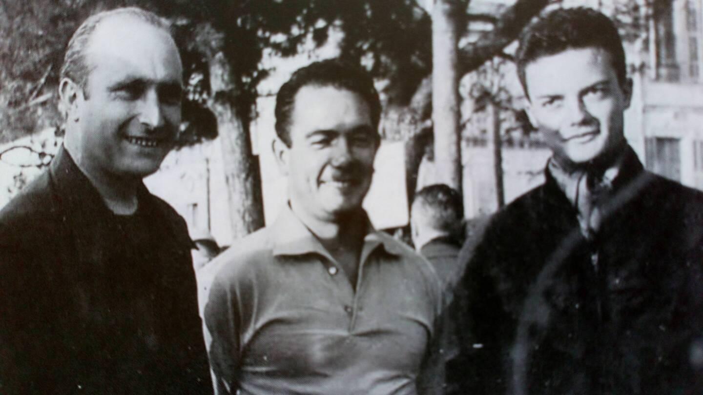 Manuel Fangio, Jean et Georges Behra (de gauche à droite).
