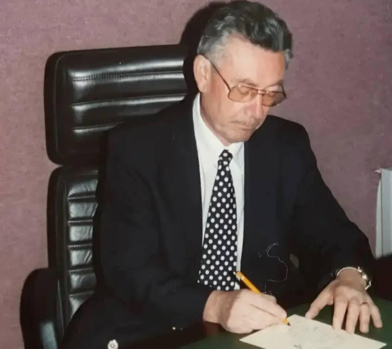 Paul Gerfagnon, figure méounaise est décédé ce dimanche matin. Ancien médecin du village, il en a aussi été le maire de 1984 à 1995.