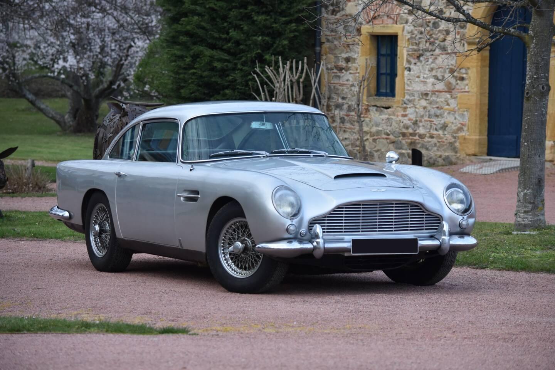 Estimée entre 400.000 et 600.000€, la voiture a été préservée dans son strict état d'origine.