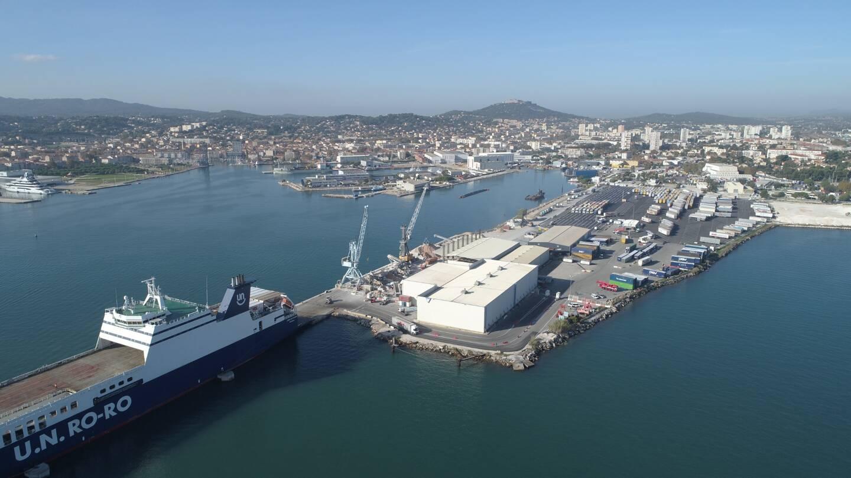 Le port de commerce de Brégaillon, à La Seyne, n'accueille que des navires de fret depuis quelques années.