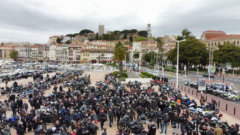 Les motards en colère (ici à Cannes) considèrent qu'un contrôle technique sur leur deux-roues ne servira qu'à renflouer les caisses des centres de contrôles agréés, moins remplies depuis le début de la crise sanitaire.