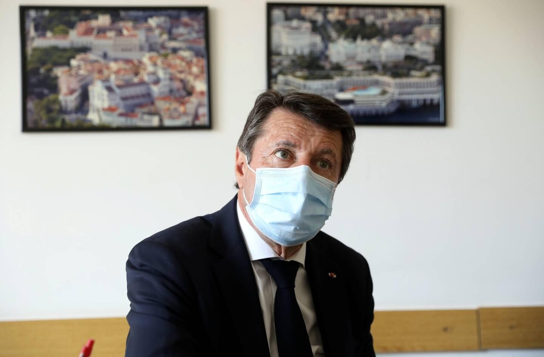 A Monaco, le maire de Nice annonce la création d'une piste cyclable Nice-Monaco, sans interruption, pour 2022.