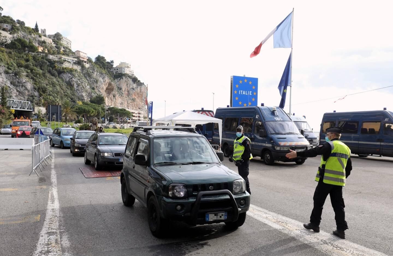 Des contrôles à la frontière avec l'Italie, à Menton. Illustration.