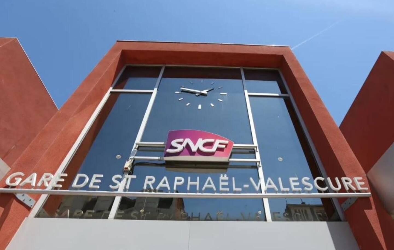 La gare SNCF de Saint-Raphaël.
