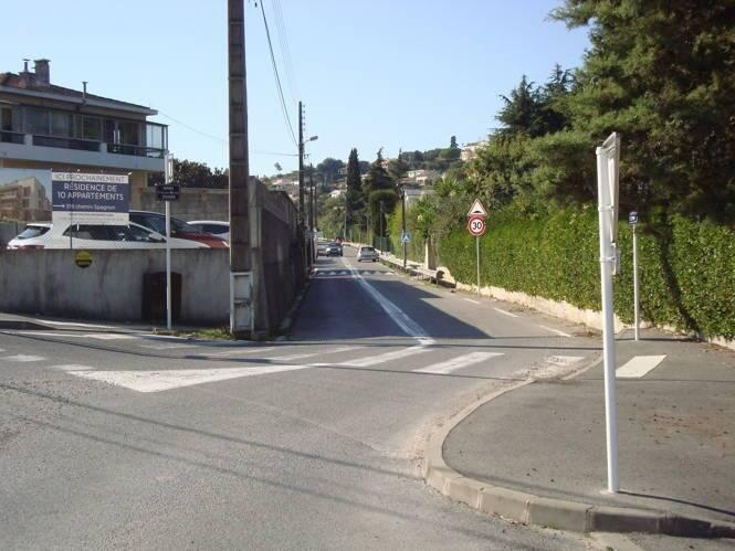 Comment un chemin d'Antibes a pu être rebaptisé en avenue ?