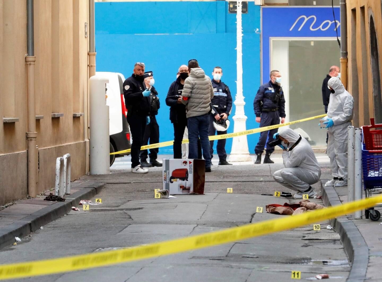 Une tête tranchée a été retrouvée ce lundi dans un carton sur un trottoir du centre-ville de Toulon.