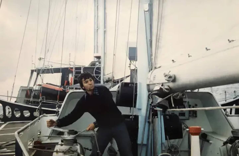 Pierre-Michel Cohade à bord du Club Méditerranée en 1976.