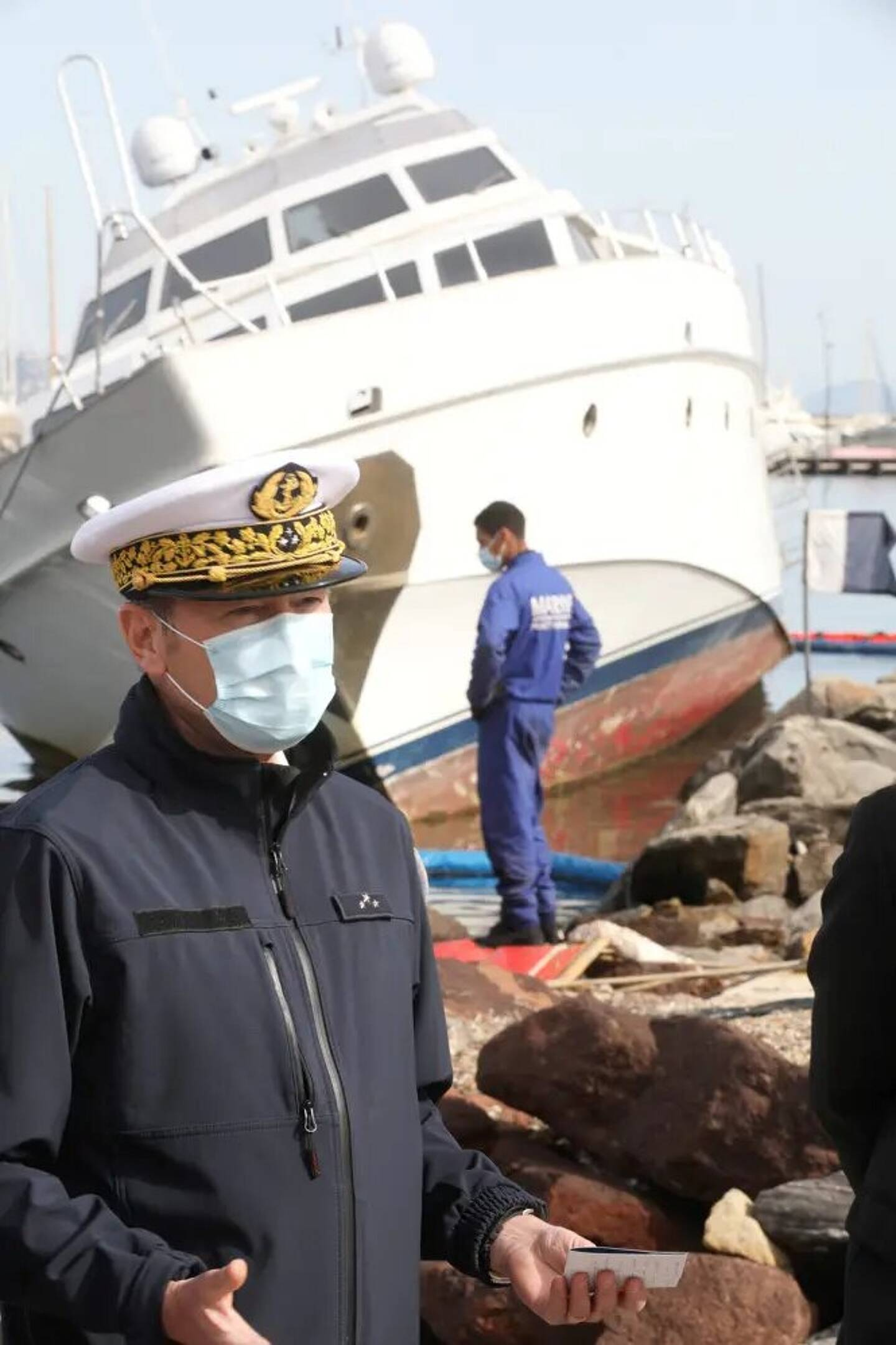 Adjoint du préfet maritime de la Méditerranée, le commissaire général Thierry Duchesne est plus particulièrement en charge de l'action de l'État en mer.