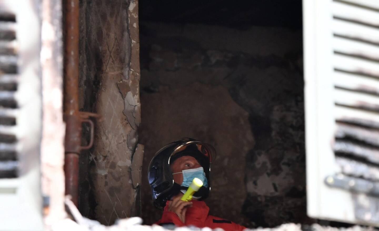Mardi matin, les gendarmes ont sécurisé la zone, et les sapeurs-pompiers ont poursuivi l'état des lieux du sinistre.