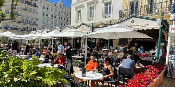 La réouverture des terrasses le 19 mai, ici à Saint-Raphaël.