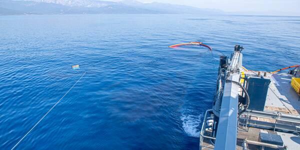 Opération de dépollution en Corse coordonnée par la Préfecture maritime de Méditerranée