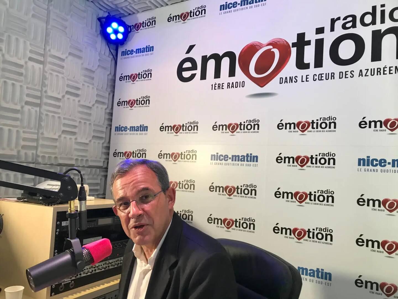 Thierry Mariani au micro de Radio Emotion.