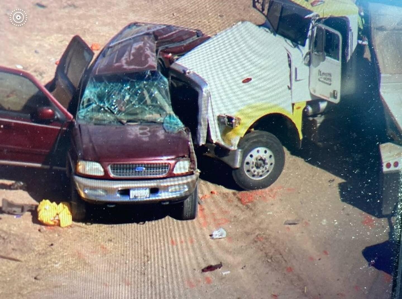 Terrible accident de la route en Californie.