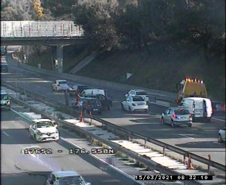 Un accident sur l'A8 dans le sens Antibes-Nice affecte la circulation ce lundi matin.