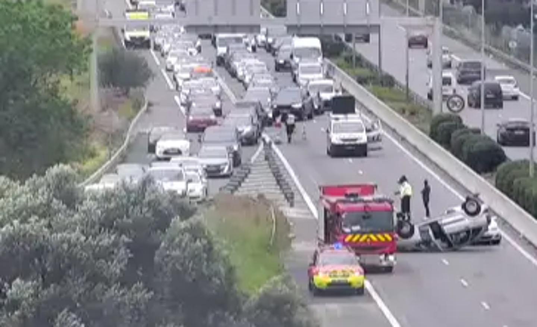 Sur l'A57, en direction de Nice, la circulation est perturbée en raison d'un accident. La sortie 3 La Valette centre est obligatoire. Le temps de parcours est allongé d'environ 15 min.