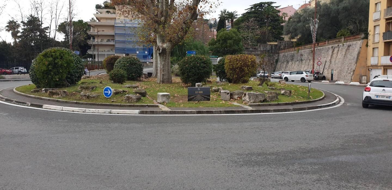 L'accident a eu lieu ce mercredi matin, tout près du rond-point Le Sud à Grasse.