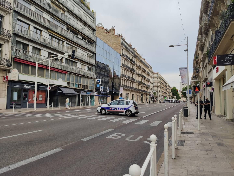 Un colis suspect a été repéré sur le boulevard de Strasbourg à Toulon, ce vendredi peu avant 18h. La police est sur place.