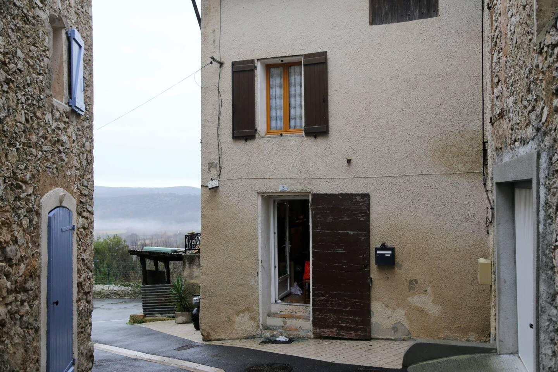 Hervé F. avait séquestré sa fille de trois ans durant une trentaine d'heures dans l'habitation de sa mère. Il avait fallu l'intervention du GIGN pour déloger le forcené.
