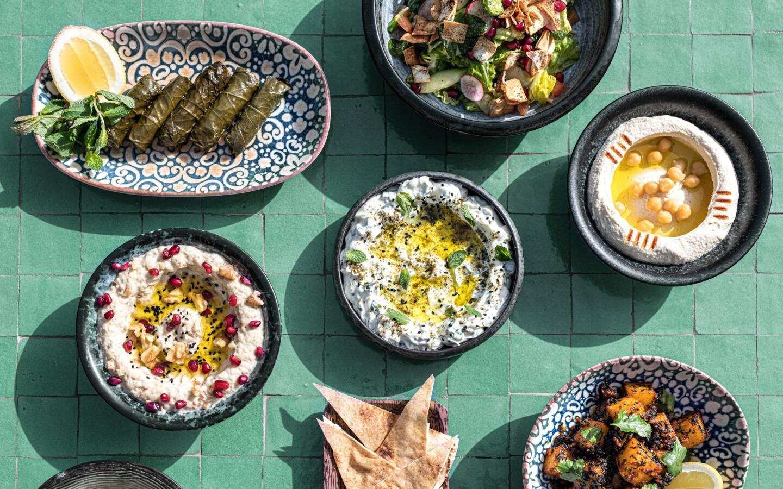 """Avec une cascades de plats libanais, le restaurant """"Mezze Mezze"""" au Portier est une des nouvelles adresses du groupe Giraudi, créée dans la dynamique d'après Covid."""