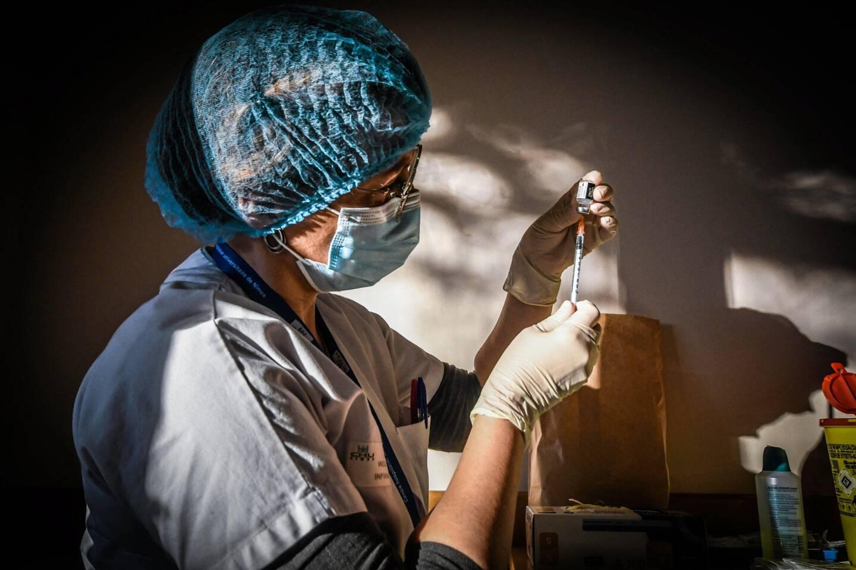 Le vaccin contre le SARS-CoV2 protègera-t-il des variants? La question reste posée aujourd'hui.