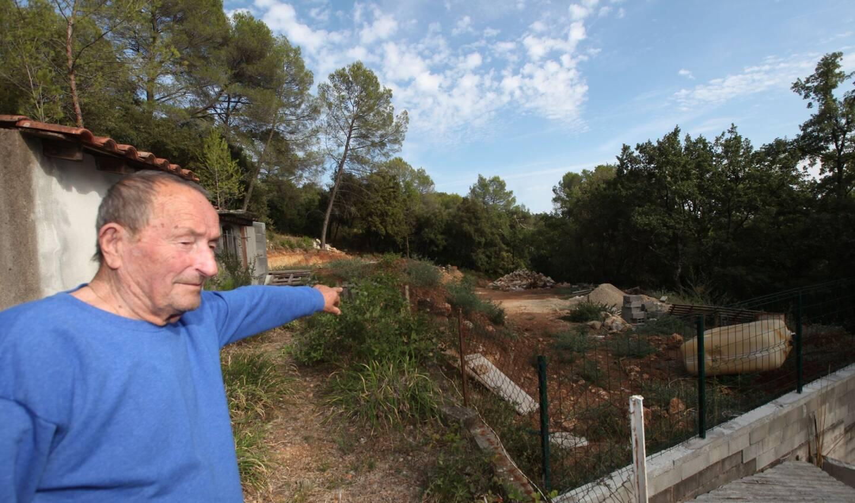 Renato Nicolaï, aujourd'hui décédé, a souvent raconté son histoire. Sans jamais vraiment convaincre la majorité des riverains.
