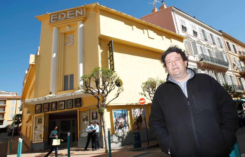 Jean-Marie Charvet, également propriétaire des cinémas de Fréjus, Saint-Raphaël et Menton est amer face à la décision du gouvernement.