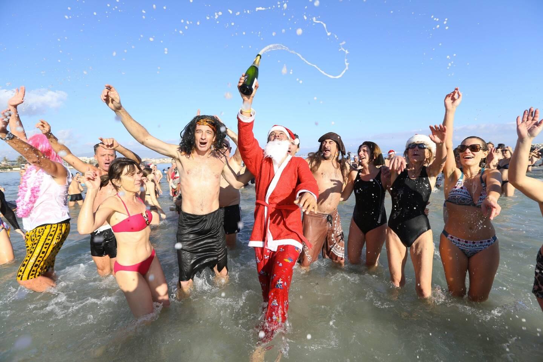 Pas de fête dans l'eau salée de la mer Méditerranée, au niveau de la plage de la Salis, cette année.