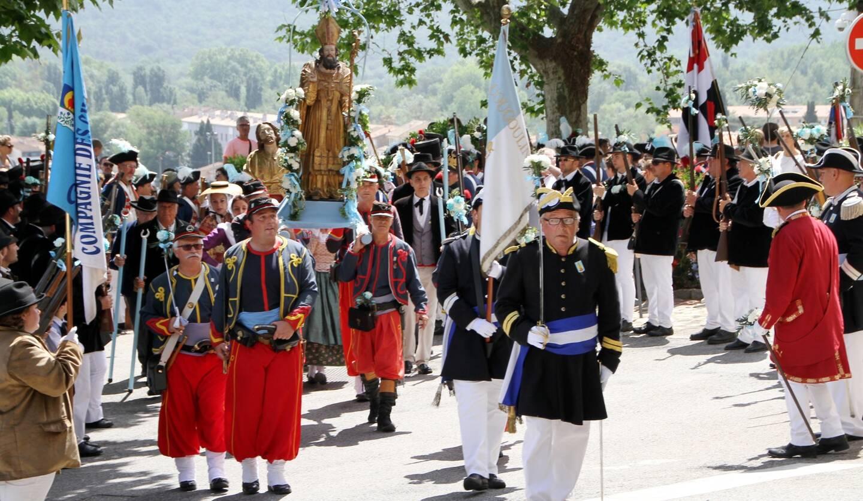 Les festivités prévues les 7, 8 et 9 mai ont purement et simplement été rayées du programme.