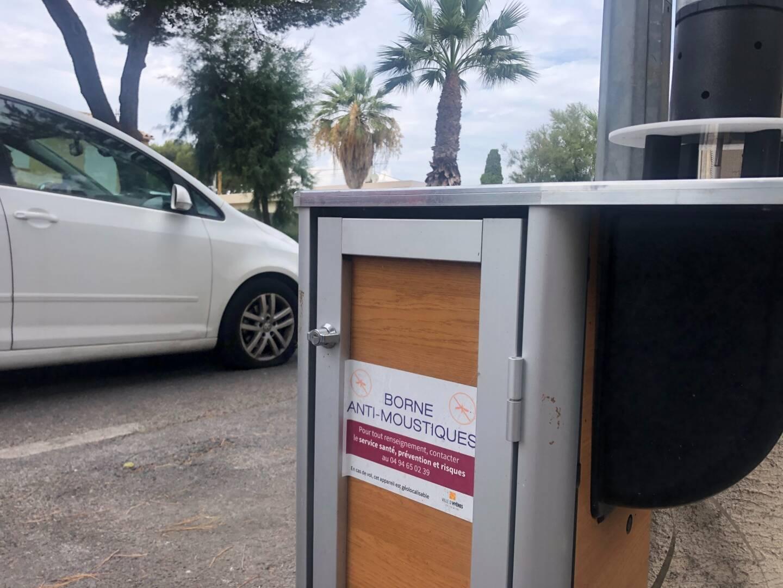 Une borne anti-moustiques à Hyères.