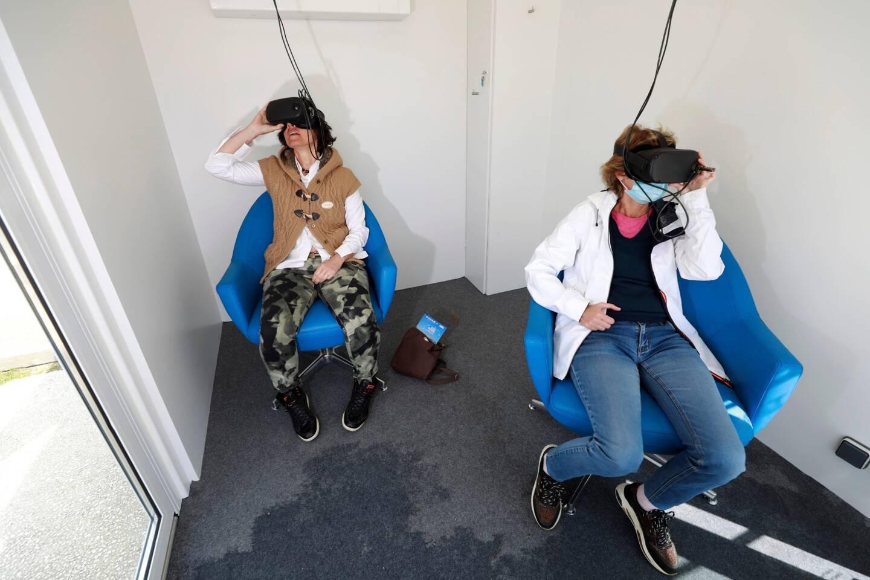 Dans l'une des capsules immersives, on embarque pour des expériences uniques.