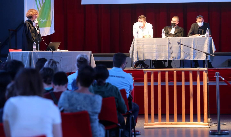 Le faux procès a été organisé par le Point d'accès au droit intercommunal de Brignoles, et soutenu par la communauté d'agglomération Provence verte.