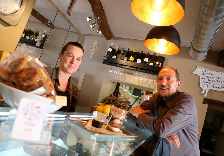 Karine et Julien Banlier, propriétaires du restaurant Côté sud à St-Maximin.