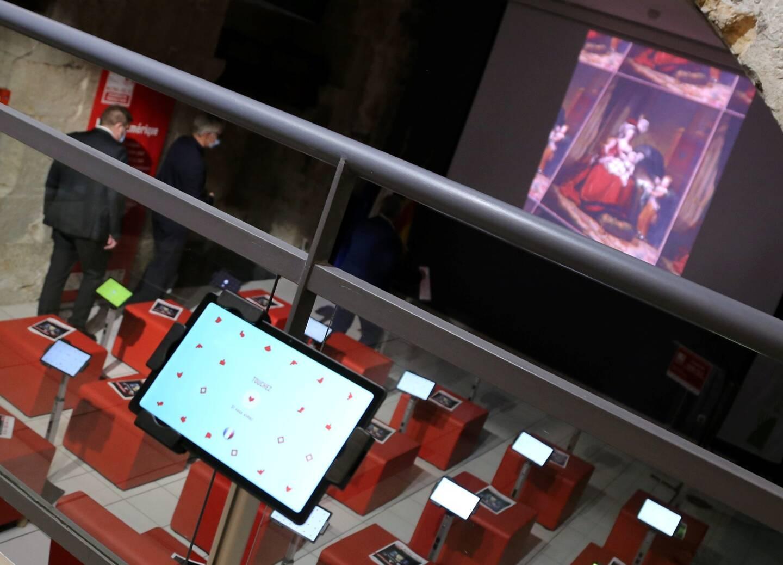 Grâce aux tablettes tactiles, les amateurs d'art pourront profiter d'une visite des plus beaux musées français sur-mesure.